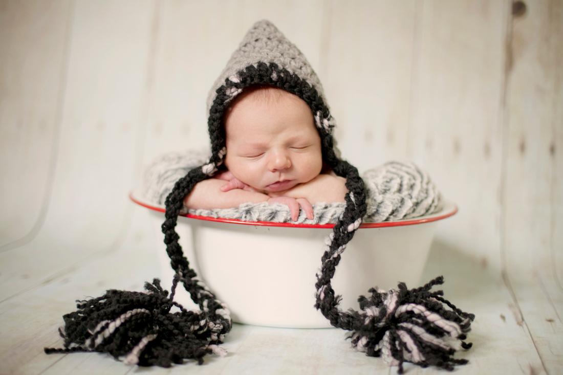Birth, Newborn, Family Photographer in the Quad Cities