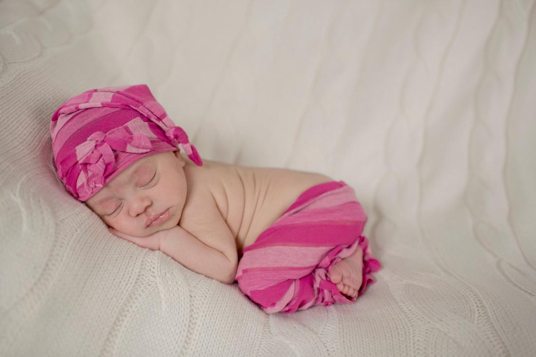 Quad City Birth & Newborn Photographer | Sweekit Photographer