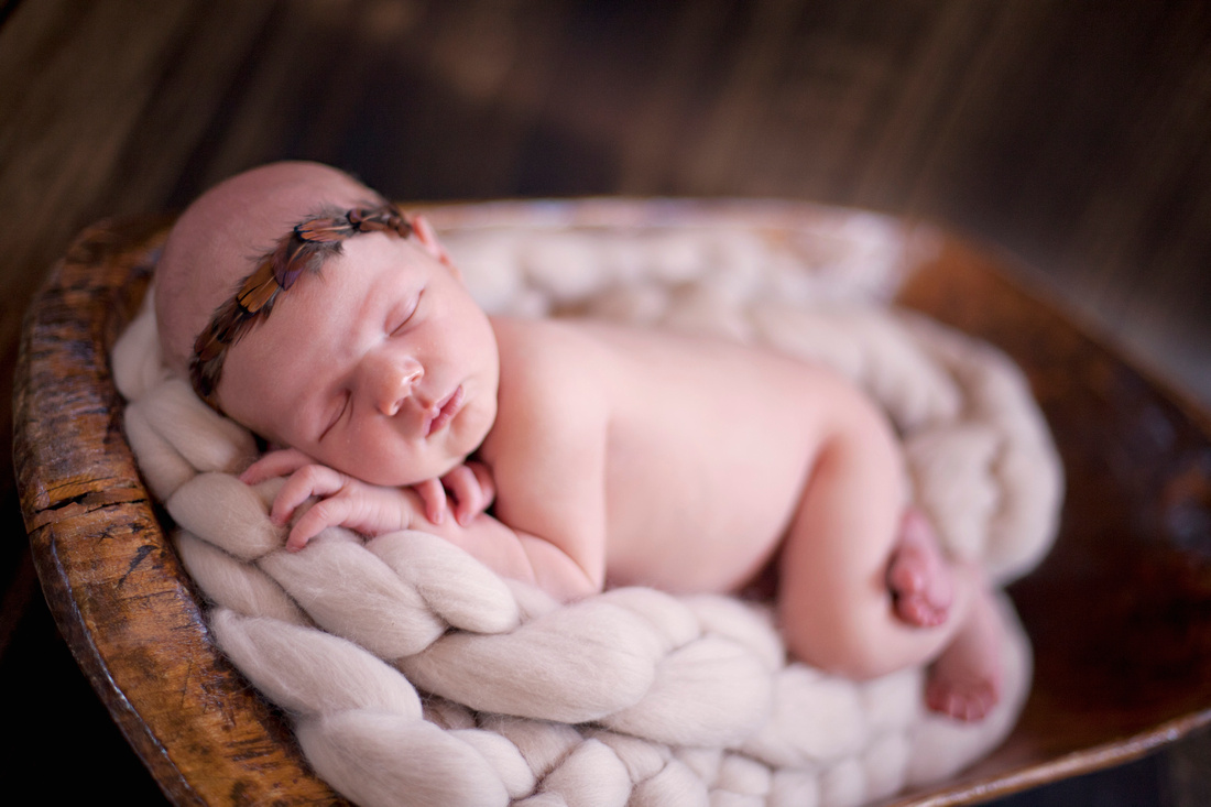 Sweekit Photography | Birth | Newborn | Family Photographer in the Quad Cities